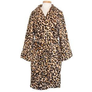 Charter Club Leopard/ Cheetah Robe